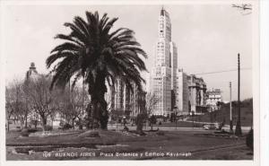 RP: BUENOS AIRES , Argentina , 20-40s ; Plaza Britanica