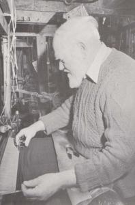 Velvet Weaving Sible Hedingham Halstead Handloom Loom Weaver Craft Rare Postcard