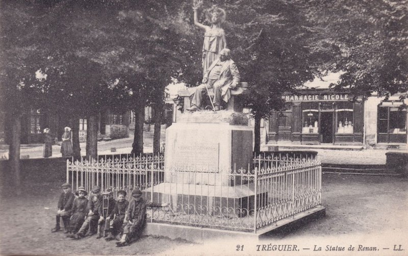 Children at Treguier Statue Pharmacy Chemist Old French Postcard