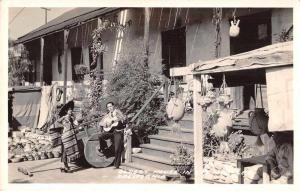 Los Angeles California Oldest House Guitar Player Frasher Real Photo PC JE228312
