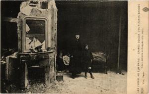 CPA AK LES ZEPPELINS SUR PARIS Deux enfants échappés á la mort (181568)
