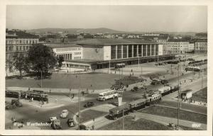 austria, WIEN VIENNA, Westbahnhof, Station, Tram Taxi Bus (1950s) RPPC Postcard