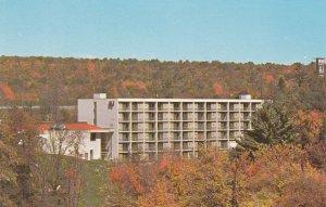 10898 Howard Johnson's Motor Lodge, Lake Harmony, Pocanos, Pennsylvania