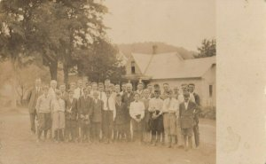 RP: PLYMOUTH , Vermont, 1920s ; Group Shot