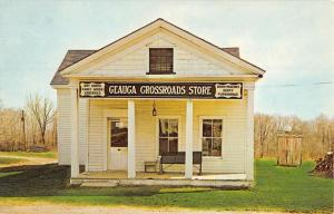 Burton Ohio Geauga Crossroads Store Street View Vintage Postcard K55178