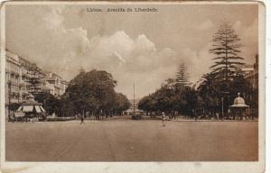 LISBOA, Avenida da Liberdeda, Portugal, 10-20s