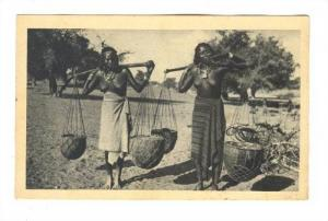 Two women (Topless), ERITREA, Portatrici d'acqua , 00-10s