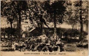CPA St-ÉTIENNE Place Marengo Daphne (400185)