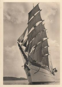 RP: HAMBURG , Germany , 30-40s ; Sailing Vessels Gorch Fock