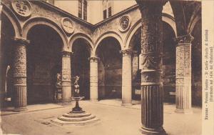 Italy Firenze Palazzo Vecchio Il Cortile
