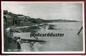 dc723 - ENGLAND Gurnard Bay 1963 Isle of Wight. Waterfront. Real Photo Postcard