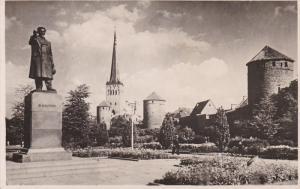 RP: TALLINN, Estonia; M. Kalinini malestussammas ja Stalingradi valjak , 1955