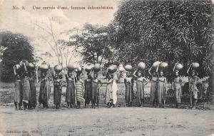 Benin Dahomey Une corvee d'eau, femmes dahomeennes, pottery, vases, natives