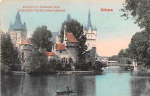 Budapest Republic of Hungary Stadiwaldchen Telch it der Burg Vajdahunyad Buda...