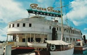 The Ship of the Seven Seas Floating Restaurant, Lonsdale, VANCOUVER, British ...