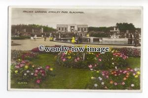 tq1574 - Lancs - Italian Gardens in Bloom, Stanley Park, in Blackpool - postcard