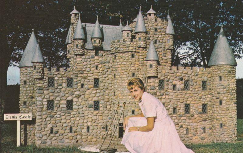 Glamis Castle of Weedleigh Replicas - Kensington PEI Prince Edward Island Canada