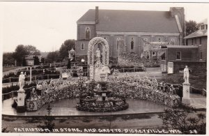 RP; DICKEYVILLE , Wisconsin, 1920-30s ; Patriotism In Stone, And Grotto