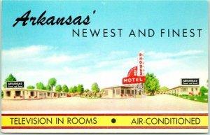 North Little Rock, Arkansas Postcard RHODES MOTEL TV in Rooms 1950s Chrome