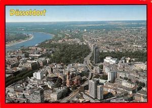 Duesseldorf Gesamtansicht Panoramic view River