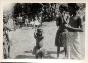Papua New Guinea, Real Photo Native Papuas, Children (1930s) RP (09)