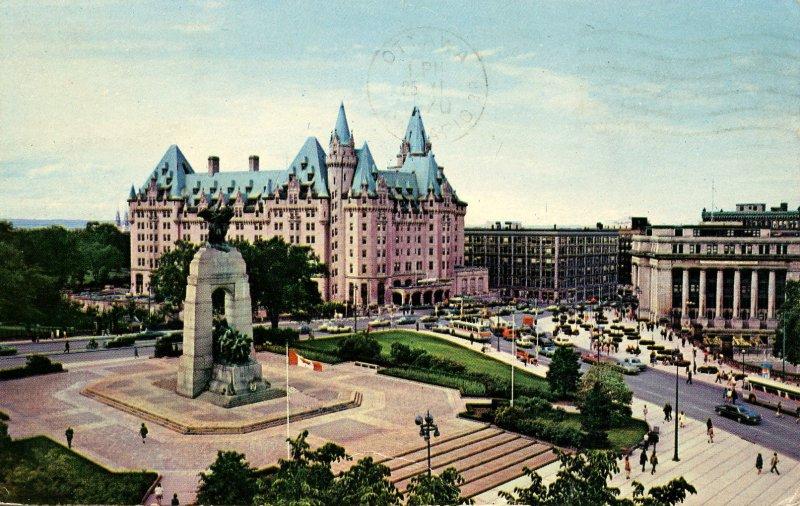 Canada - Ontario, Ottawa. Confederation Square