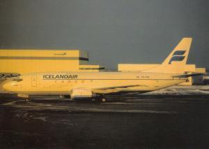 ICELANDAIR CARGO, Boeing 737-3S3, unused Postcard