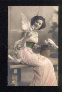 3044818 Tinted Lady w/ PIGEONS Vintage PHOTO RPPC 1910 year