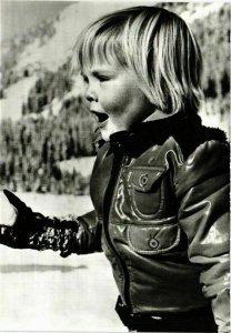 CPM AK Winter vakantie Koninklijke Familie in Lech DUTCH ROYALTY (813383)
