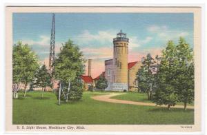 US Lighthouse Mackinaw City Michigan linen postcard