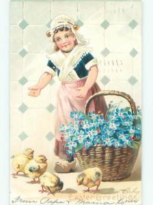 Divided-Back CHILDREN AT EASTER SCENE Great Postcard AA1794