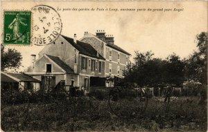 CPA Le poste des gardes de Puis a Loup ancienne porte du grand parc... (246832)