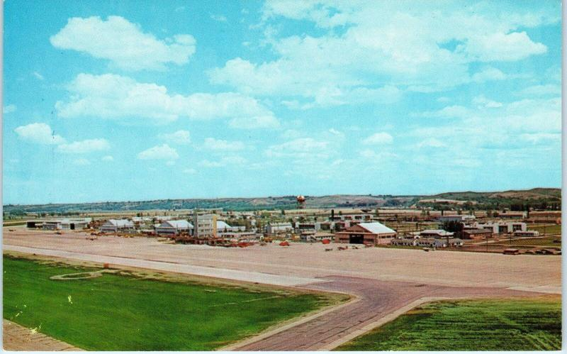 SIOUX CITY, IA Iowa    MUNICIPAL  AIRPORT    c1950s     Postcard