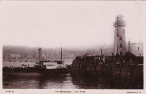 RP; SCARBOROUGH, Sussex, England, UK, 1900-10s; The Pier, Lighthouse