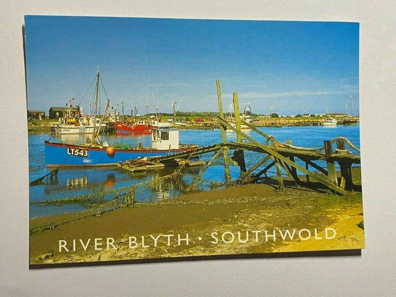 UNUSED PICTURE POSTCARD - RIVER BLYTH SOUTHWOLD   (KK2273)