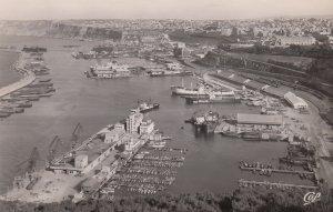 RP: ORAN , Algeria , 30-40s ; Port
