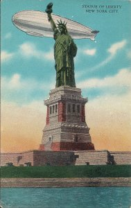 ZEPPELIN, AIRSHIP, BLIMP, In Flight over Statue of Liberty, New York, NY, 1920's