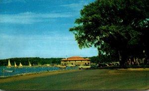 Wisconsin Lake Geneva Lake Shore Drive At Park