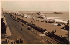 Worthing Street Vintage Cars Voitures The Pier Beach Boats Postcard