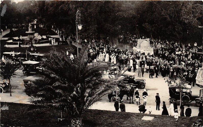 G42/ Foreign RPPC Postcard Uruquay Montevideo Parque Rodo c1910 Crowd Park