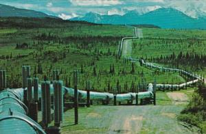 Alaska Oil Pipeline From Prudhoe Bay To Valdez