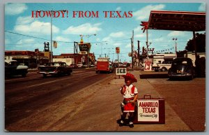 Postcard Amarillo TX c1960s Howdy! From Texas Street View Gas Station Route 66