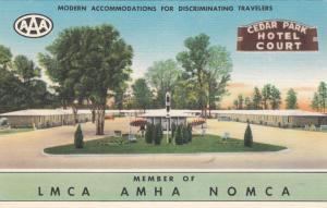 NEW ORLEANS , Louisiana, 30-40s; Cedar Park Hotel Court