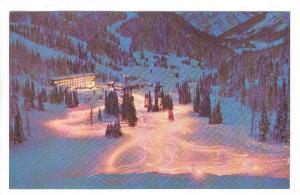Torchlight parade by the ski school instructors, Sunshine Village, Banff, Alb...