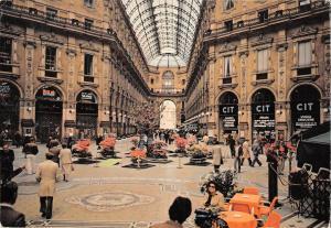 BT1363 milano galleria vittorio emanuele interno italy
