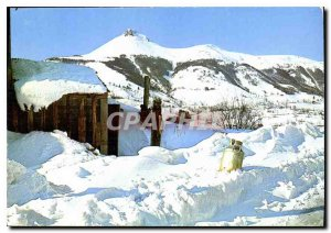 Postcard On Modern Landscape Auvergne Mountains Niege
