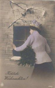 RP; Girl at window , Christmas , 00-10s