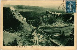 CPA Environs de PONTARLIER - Les Forts du Larmont intérieur et de Joux (299868)