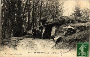 CPA ERMENONVILLE - Le Dolmen (423873)