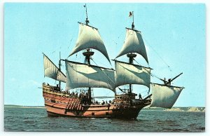 VTG Postcard Mayflower II 2 Ship Boat Plymouth MA Massachusetts Pilgrims Sea A3